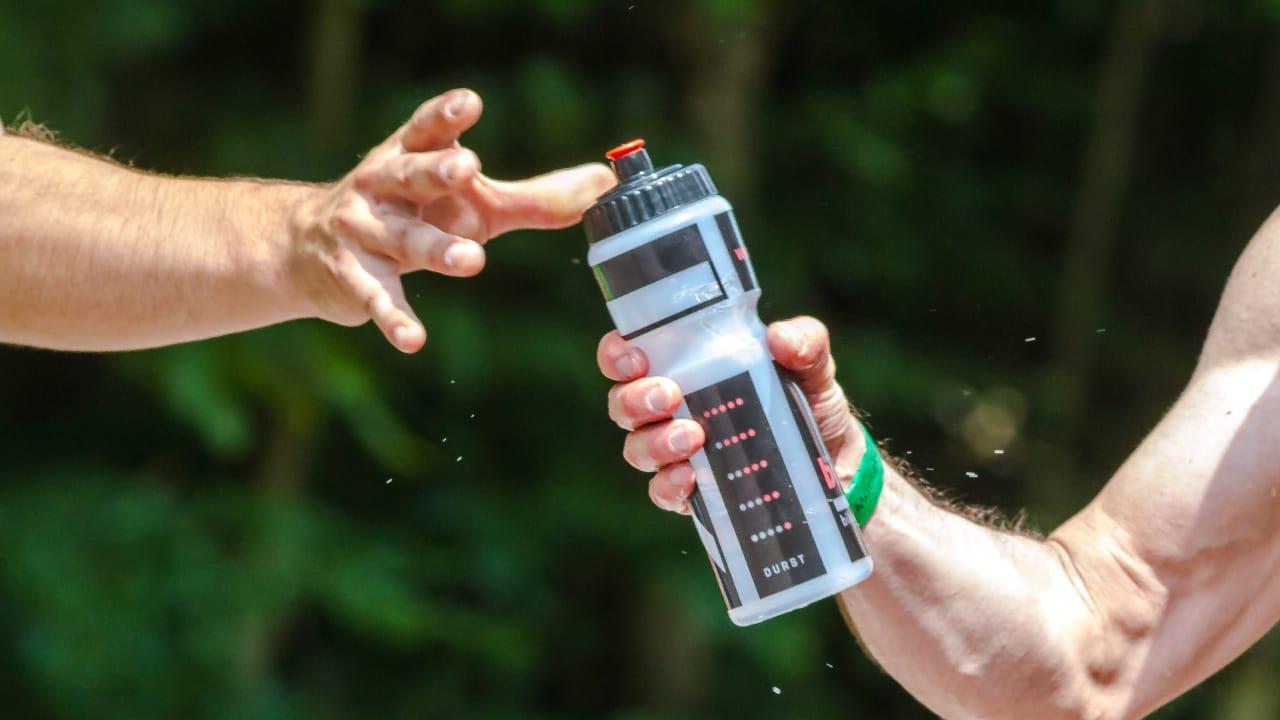 Hoe een Brita-waterfles schoon te maken